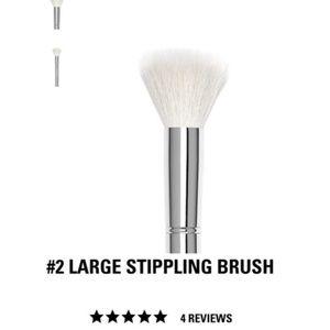 Kylie Cosmetics #2 Large Stippling Brush
